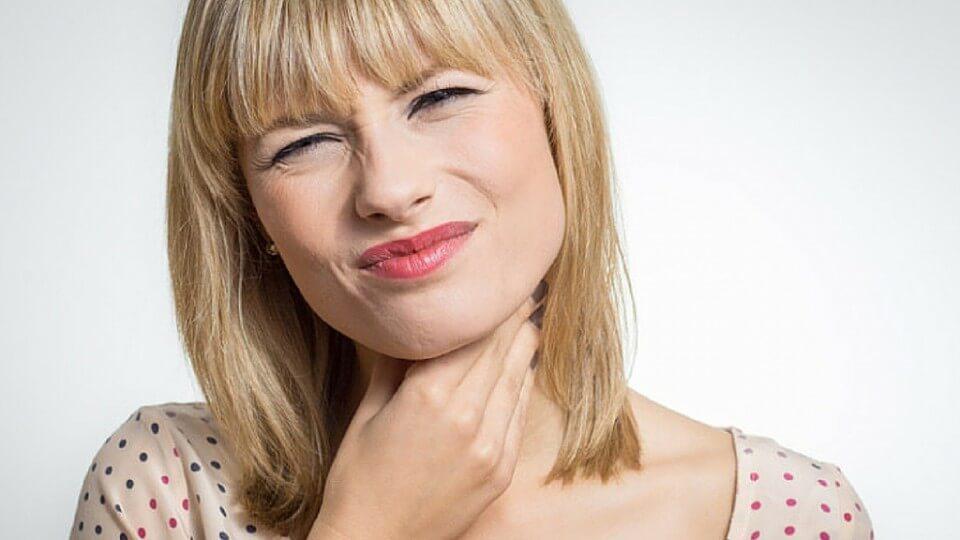 Dolor de garganta – Causas más comunes y posibles soluciones