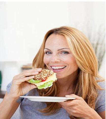 7 Consejos para Comer Bocadillos Sanos y Bajar de Peso