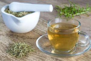 Remedios caseros con hojas de romero